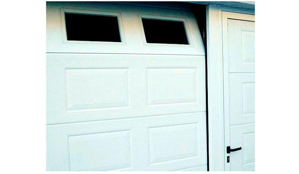 puerta seccional modelo iris