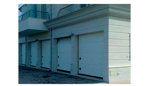 puerta seccional modelo orus